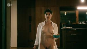 Sara nackt Gmuer 200 Jahre
